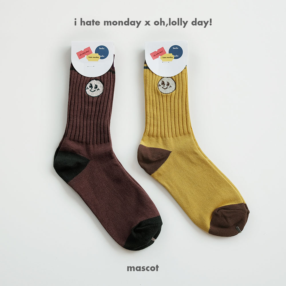 [O,LD! X I hate Monday] socks _mascot